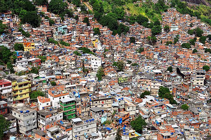 Por que o país é tão rico e a nação é tão pobre – Por Ivone Boechat